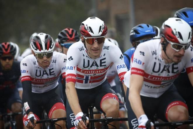 NORSK MESTER: Sven Erik Bystrøm vant NM-fellesstarten, men mestertrøyen han fikk av UAE var ikke mye å skryte av. FOTO: Cor Vos