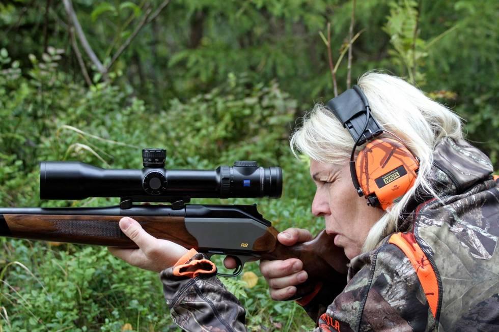 Damer-på-jakt-3