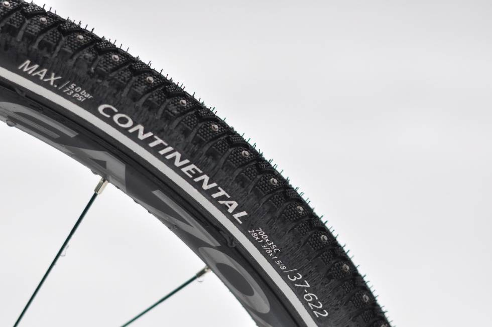 Continental Contact Spike 240