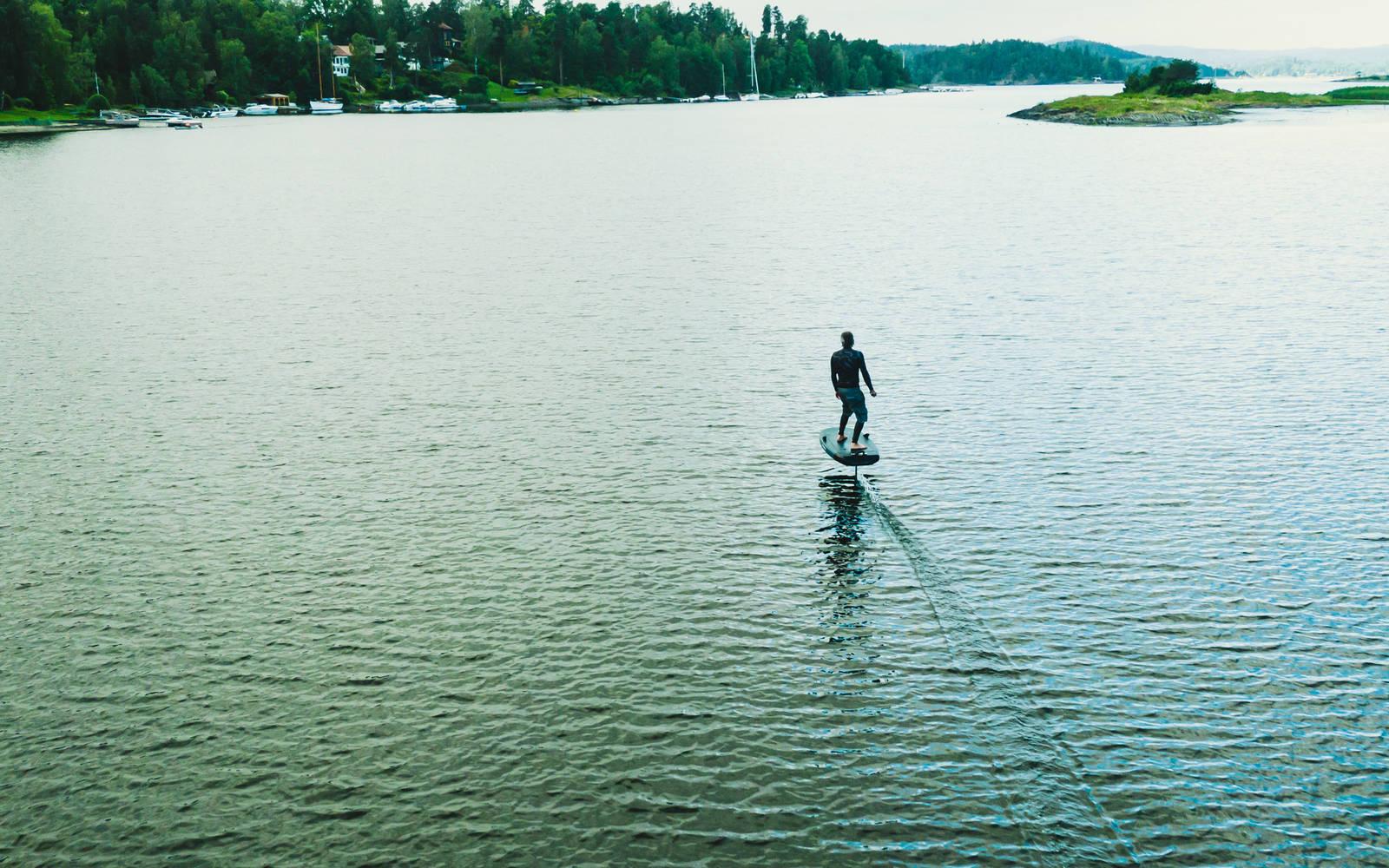Kan e-foil bli et tilbud for turister i norske fjorder? Bilde: Christian Nerdrum