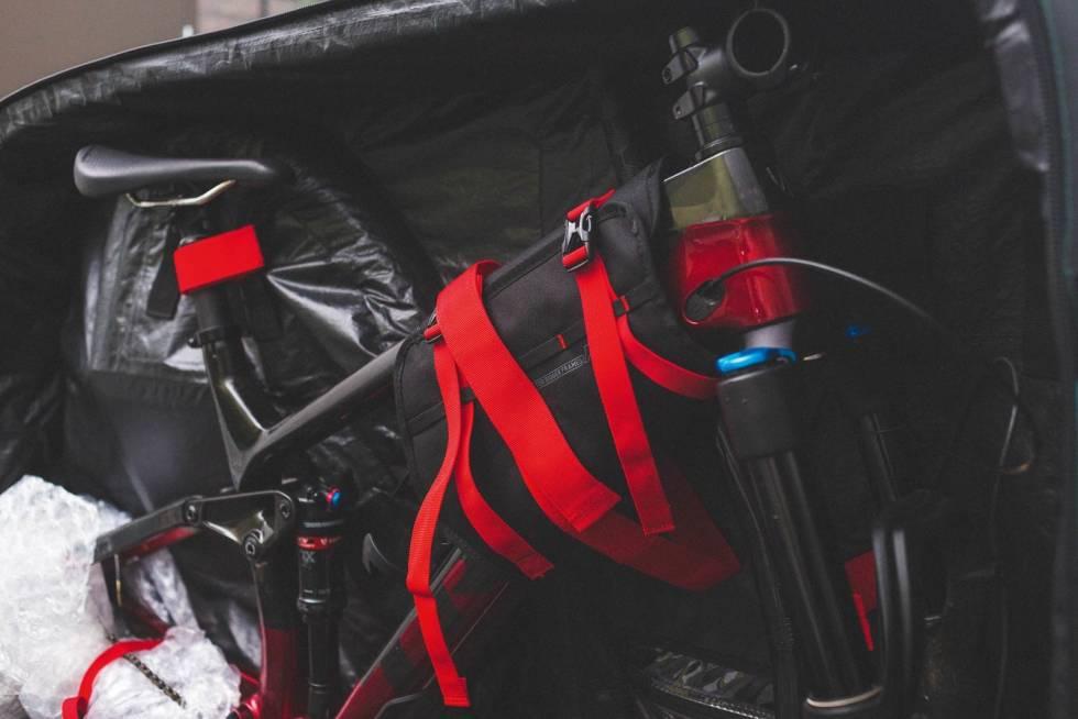 EVOC-Bike-Travelbag-Pro-3