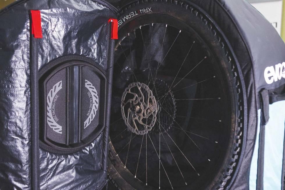 EVOC-Bike-Travelbag-Pro-4