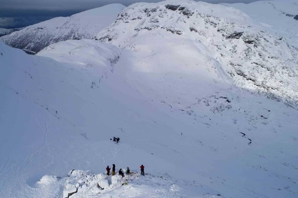 freeride fjellsætra sunnmørsalpane Sunnmøre skiarena snowboard alpint ski frikjøring