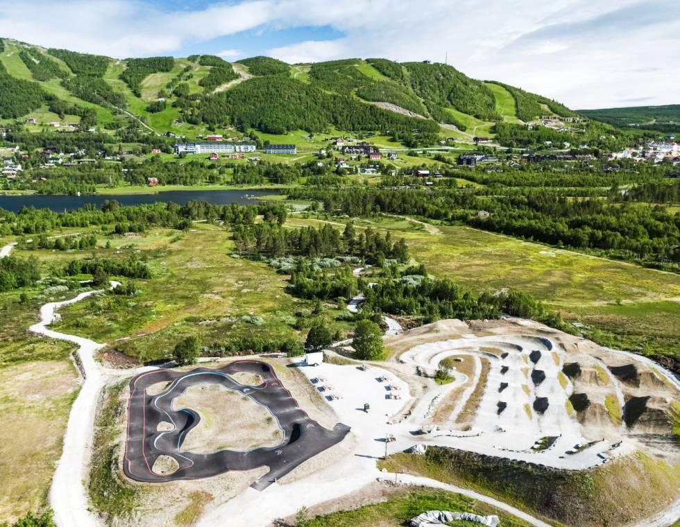 Ved Vestlia Resort ligger det pumptrack og dirthoppbane for syklister på ulike nivå
