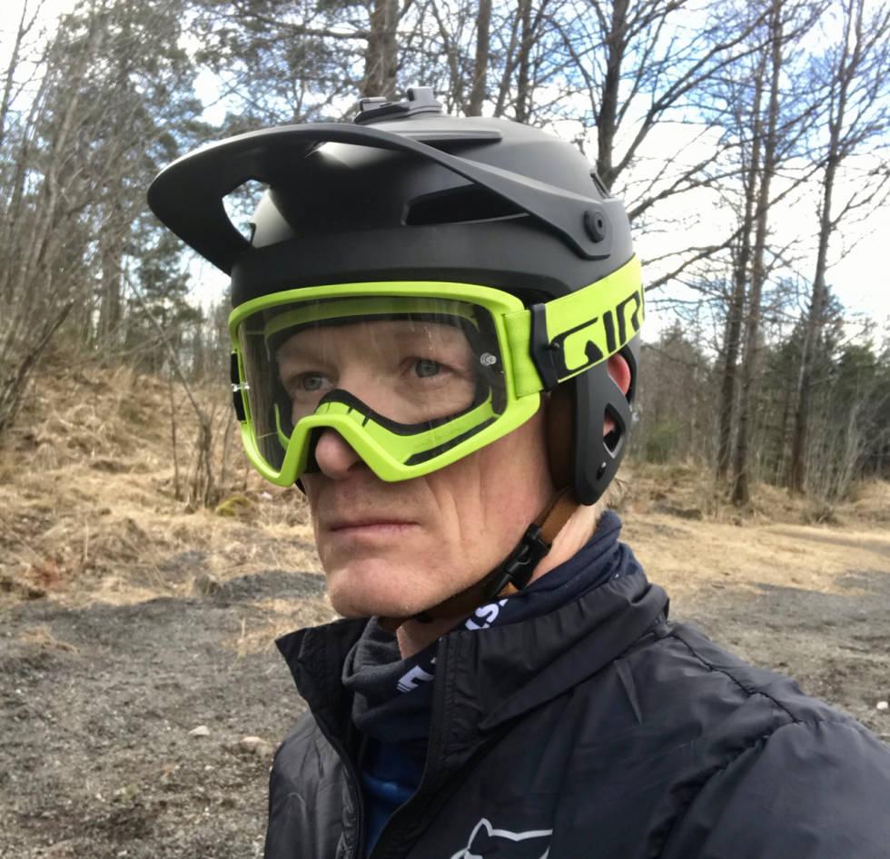 Giro Tyrant MIPS med goggles
