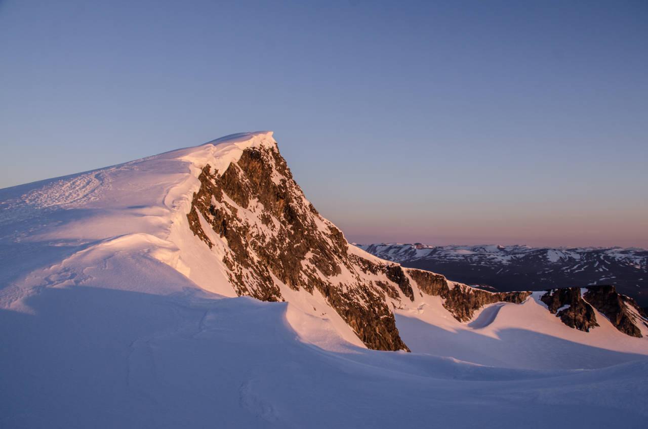 glittertind fjell i jotunheimen