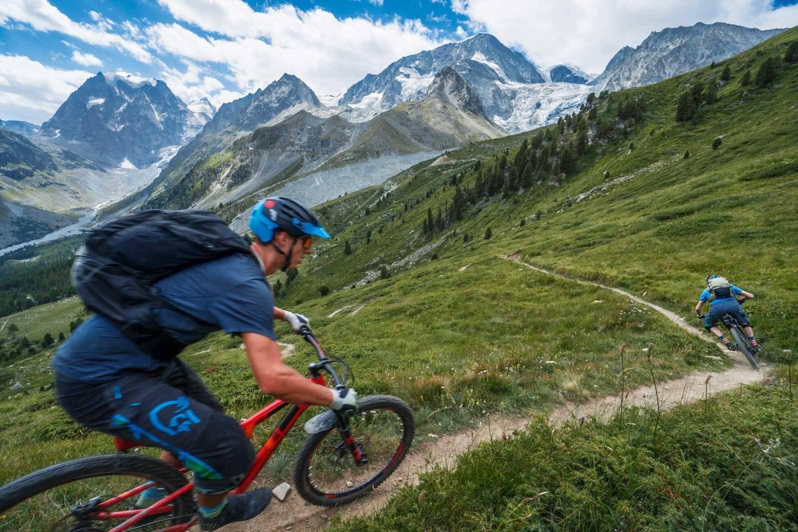 Haute-Route-på-sykkel-StLuc-Zermatt