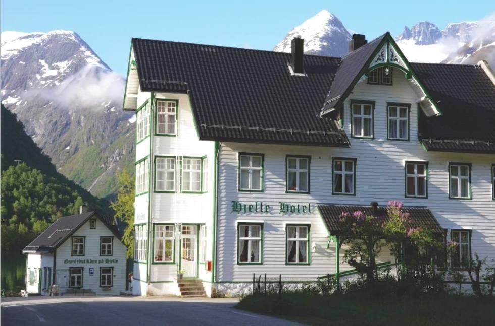hjelle-hotel-crop1280