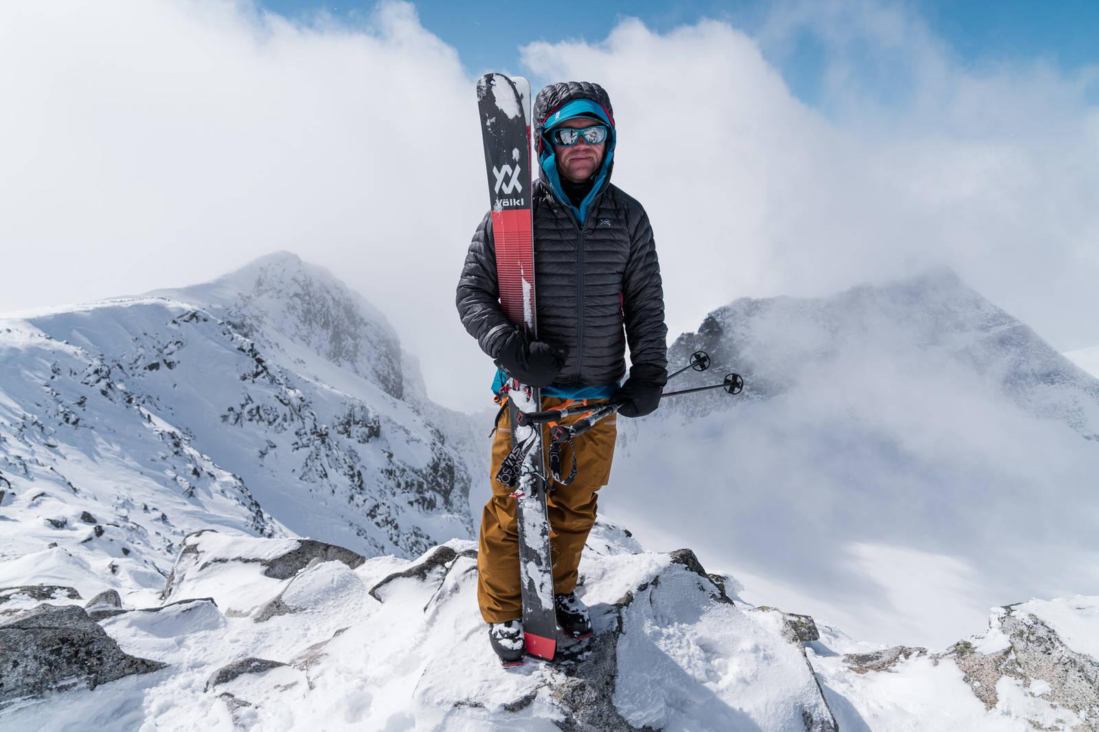 Stian Hagen på Galdhøpiggen i Jotunheimen