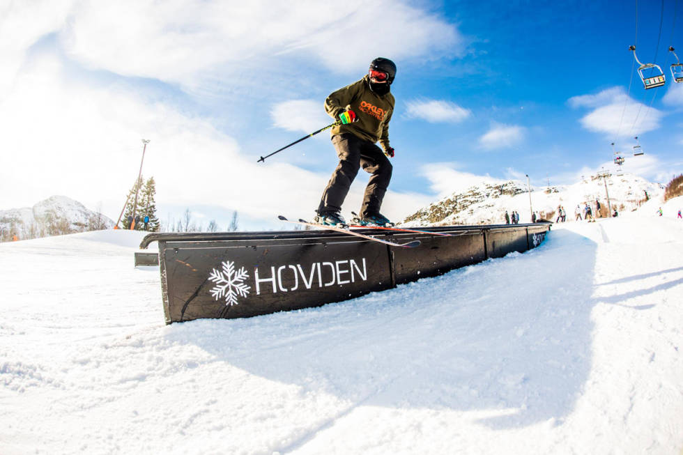 Hovden offpiste ski snowboard park jibbing freeski