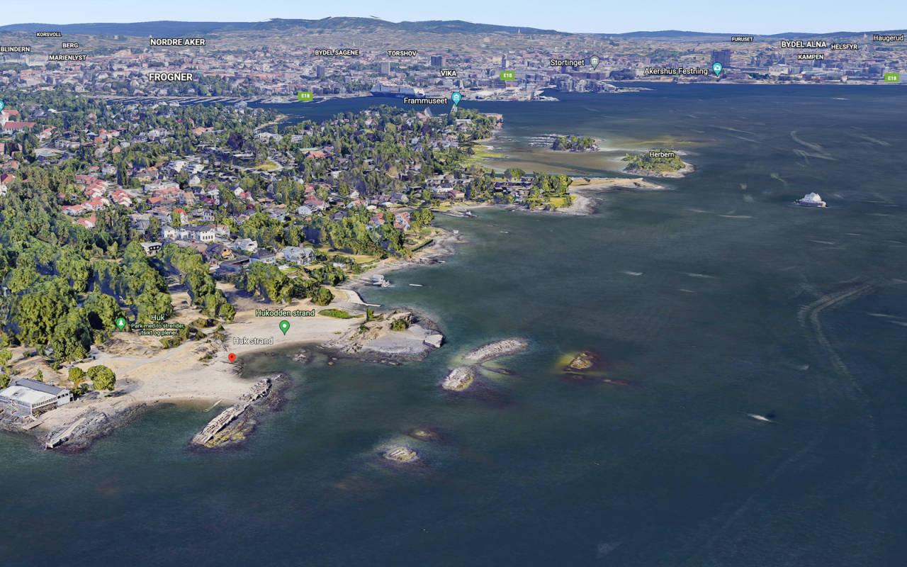 Du kommer ikke stort nærmere Oslo sentrum som kiter eller windsurfer enn Huk på Snarøya.
