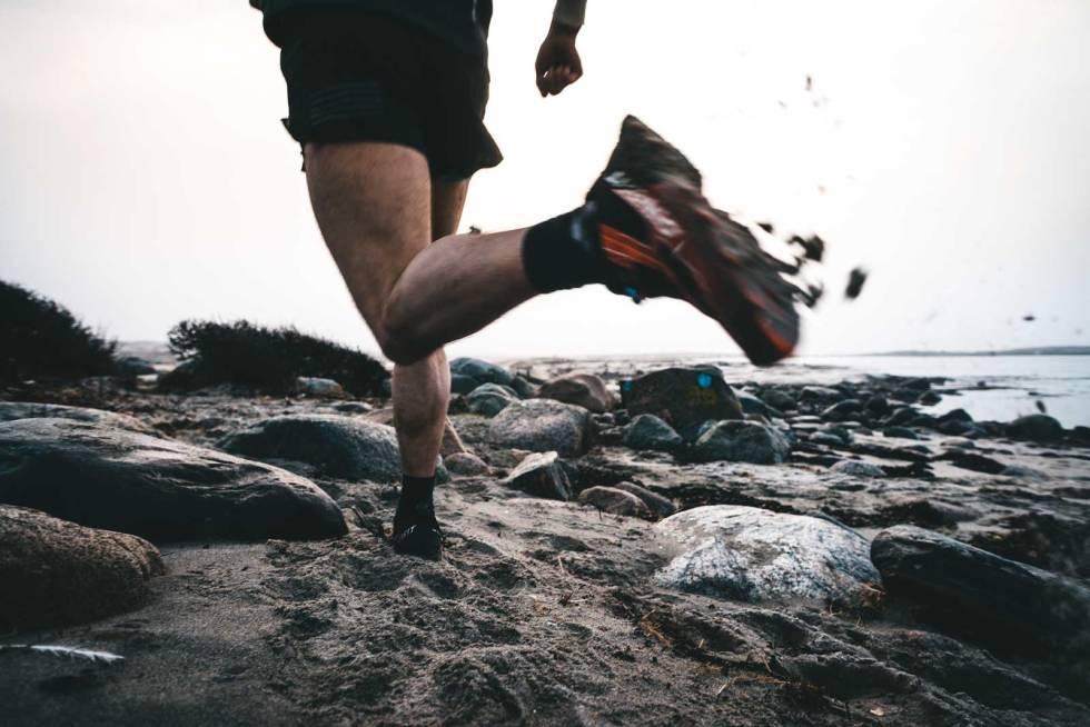 RUNDTUR: Badesesongen er kanskje over, men litt strand må med når en reiser sydover for å løpe.