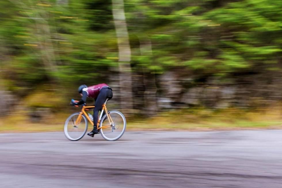 Øyvind Aas sykler i Grefsenkollen