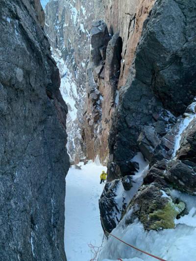 gjølapilaren isklatring