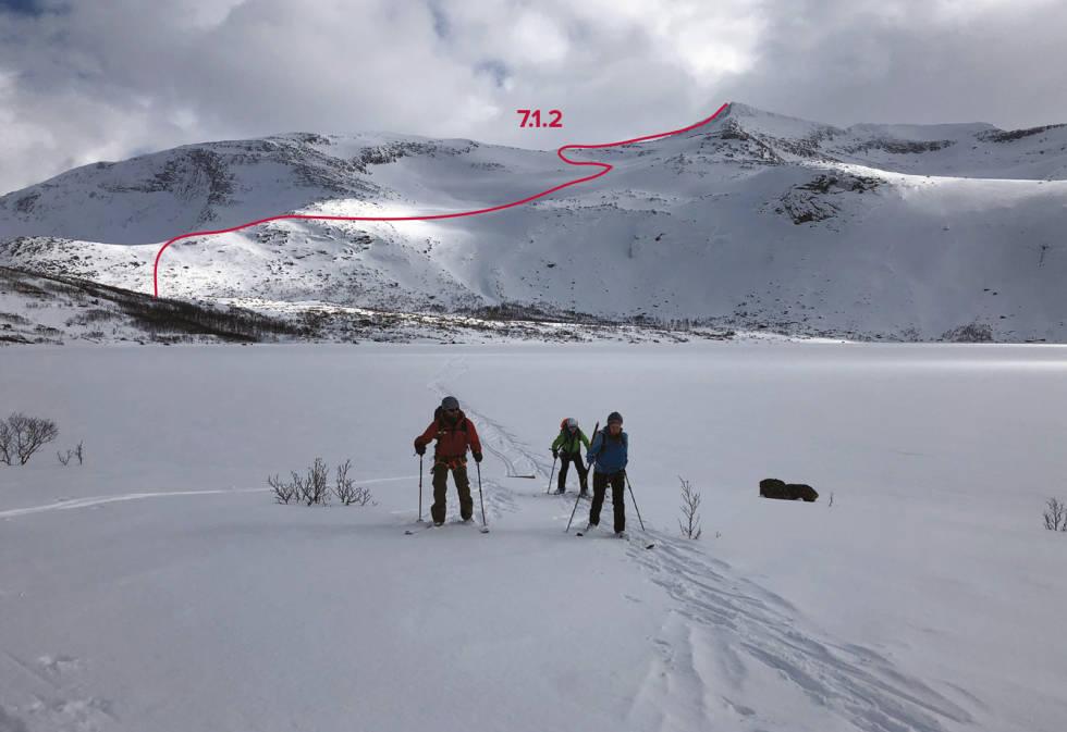 Jotind-Tjeldøya-med-rute-2