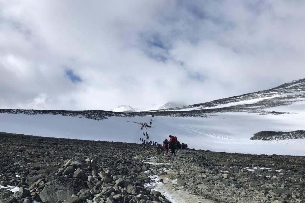 Galdhøpiggen Juvass Per Arne Vole sommerski Stryn Fonna Fri Flyt guide