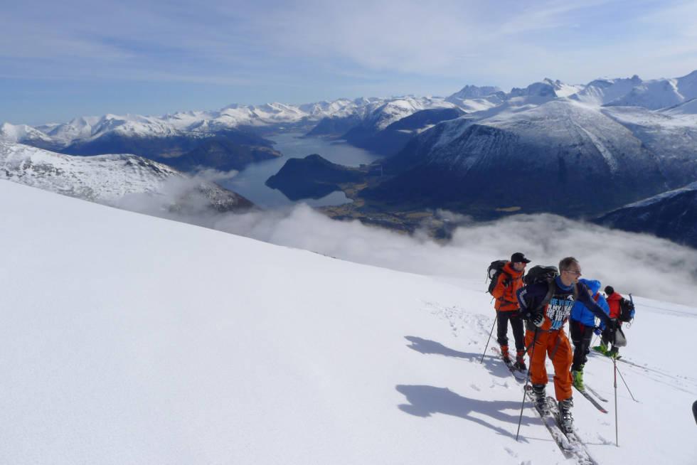 Kaldtinden-Toppturer-i-Romsdalen-2