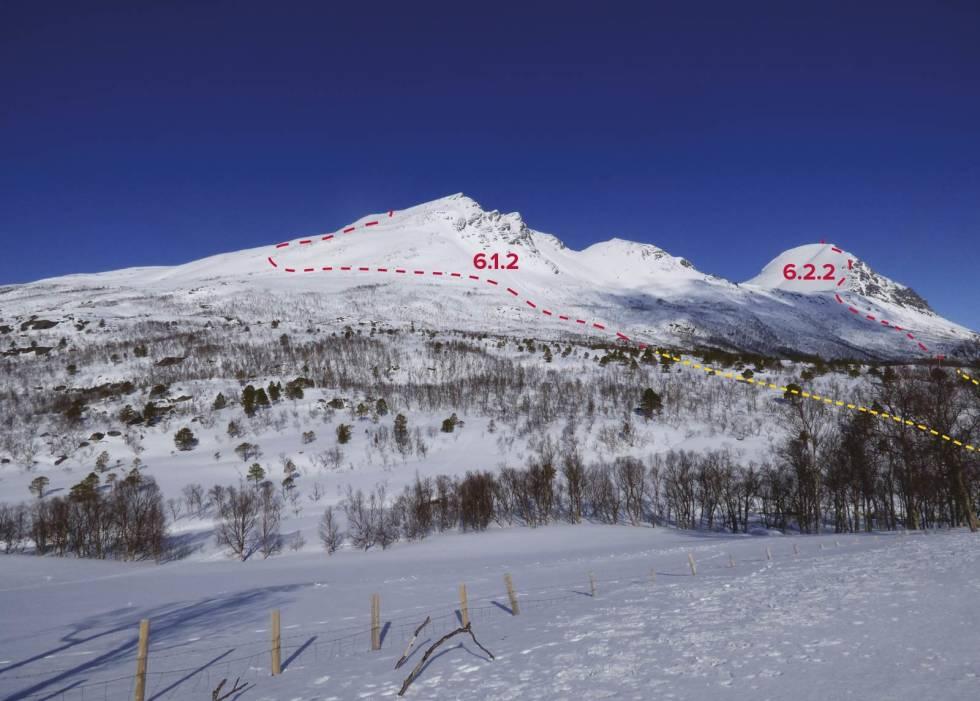 Klåptinden 998 moh fra Toppturer rundt Harstad