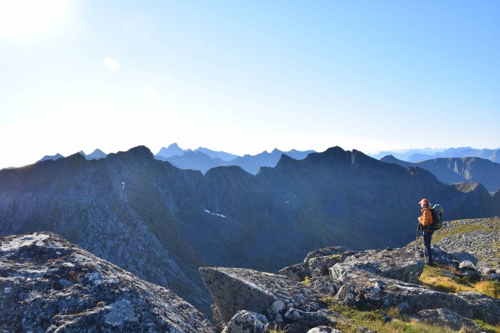 Kroktinden fjelltur i lofoten foto: espen nordahl