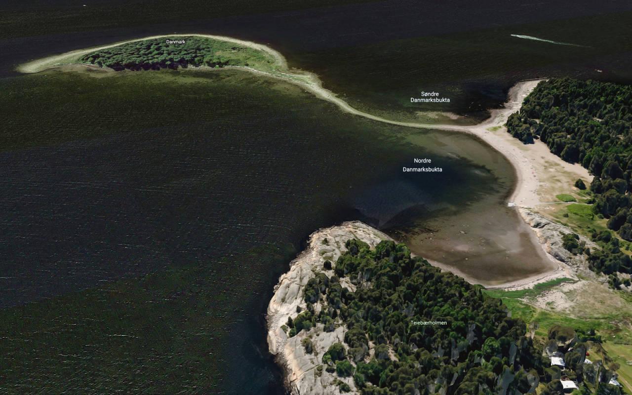 Teibern på Larkollen er en trang, liten perle som blir beskyttet av en smal peninsula som går over i øya Danmark