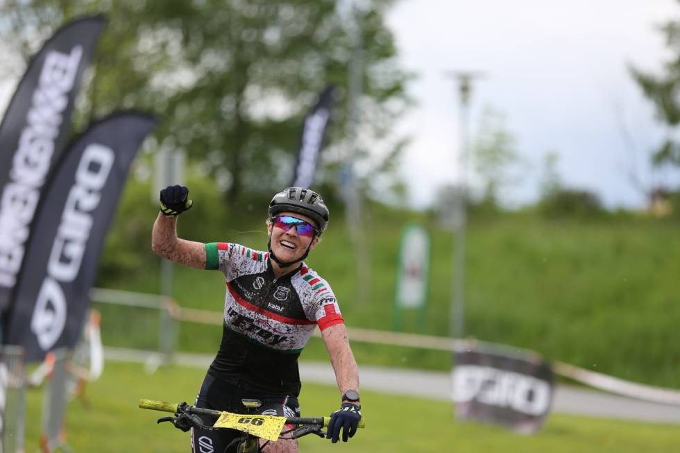 Sylvi Sommer representerer IF Frøy på Terrengsykkelrittet