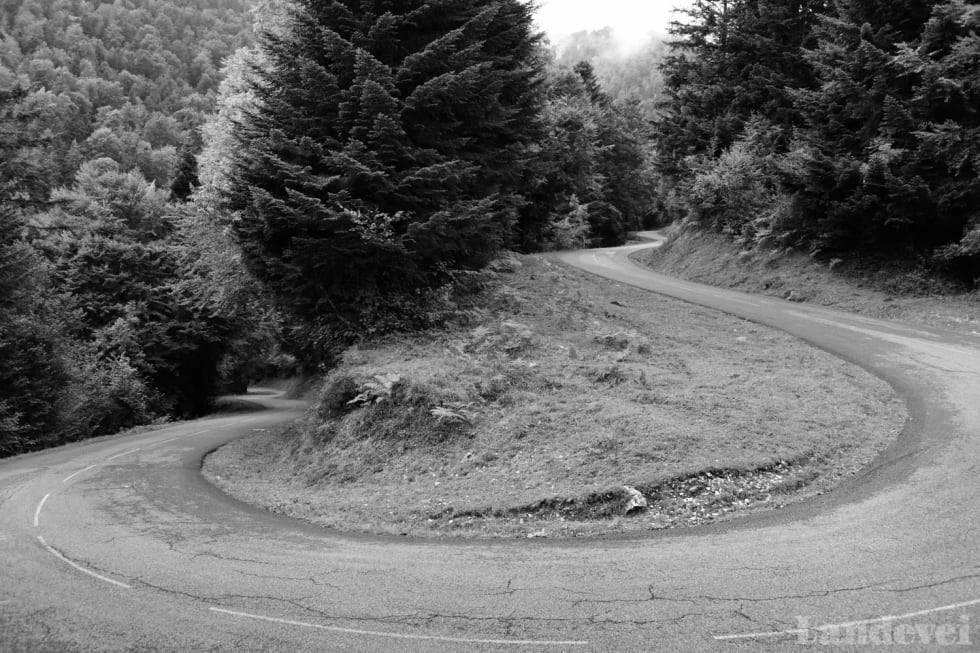 øde landevei drøm for syklister