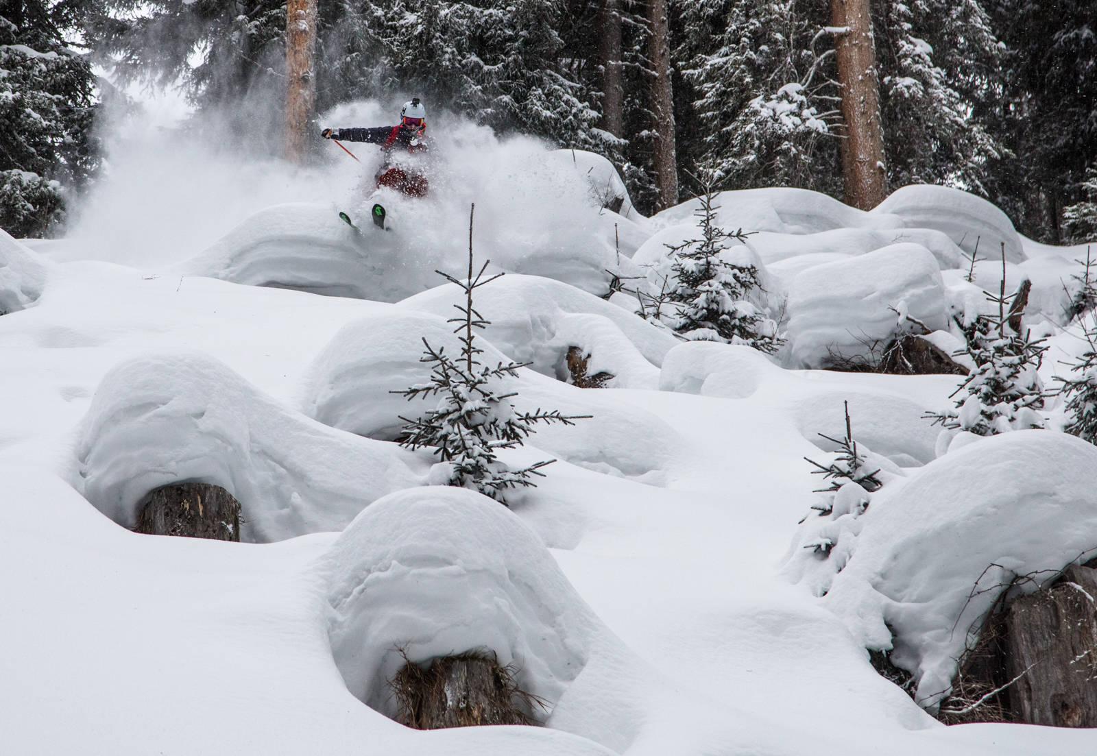 Kan Aasheim ta med seg den alpine skiteknikken ut i puddersnøen? Bilde: Bård Gundersen