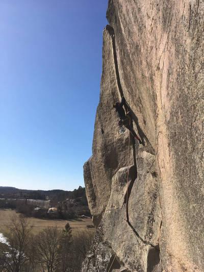 Mari Salvesen klatring påske korona Bohuslän