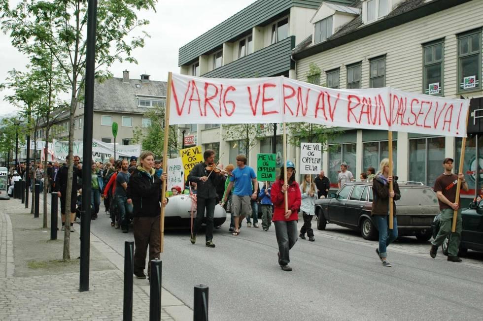 Padling-Voss-Demonstrasjon-3