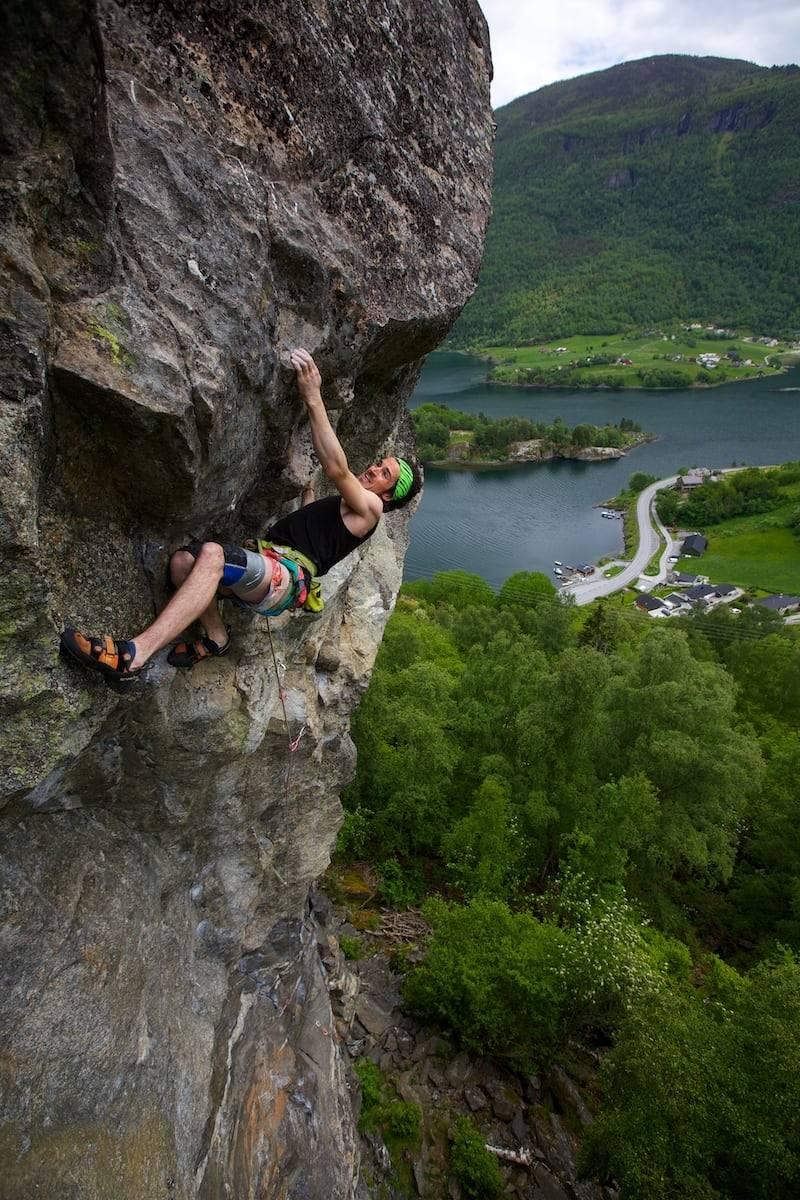 Phillip Toney - Max Hygge 7b+ FA, Kvam, Norge