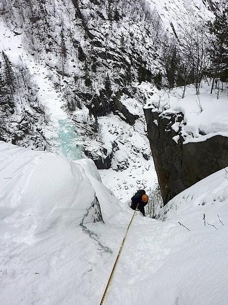 Rapell ned fra Sabotørfossen. Foto: Erik Neergaard