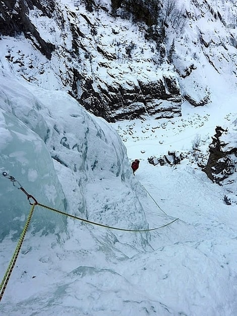 Erik Neergaard følger på siste lengde på Nye Vemorkfoss. Foto: Dag Hagen