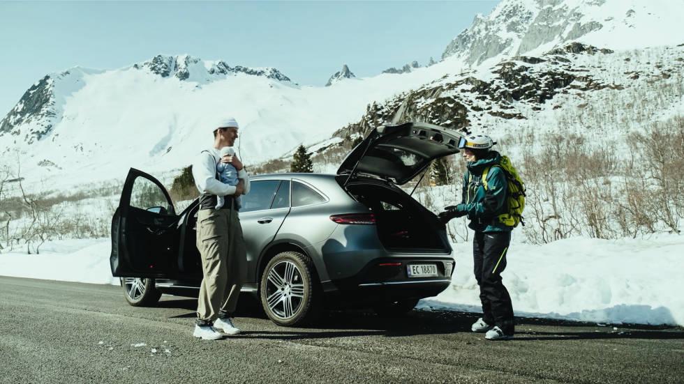 Fem uker etter at lille Lavrans kom til verden familien dro Pallin Aaring på sin første skitur.