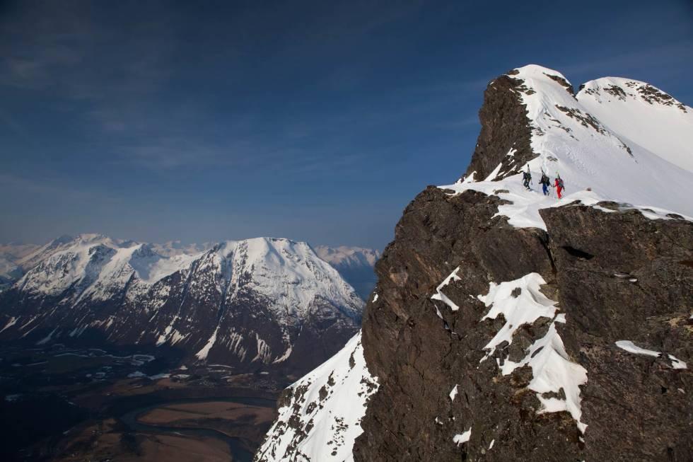 Romdalseggen-Toppturer-i-Romsdalen-2