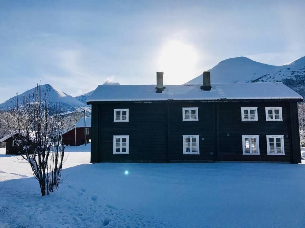 Romsdal Lodge.