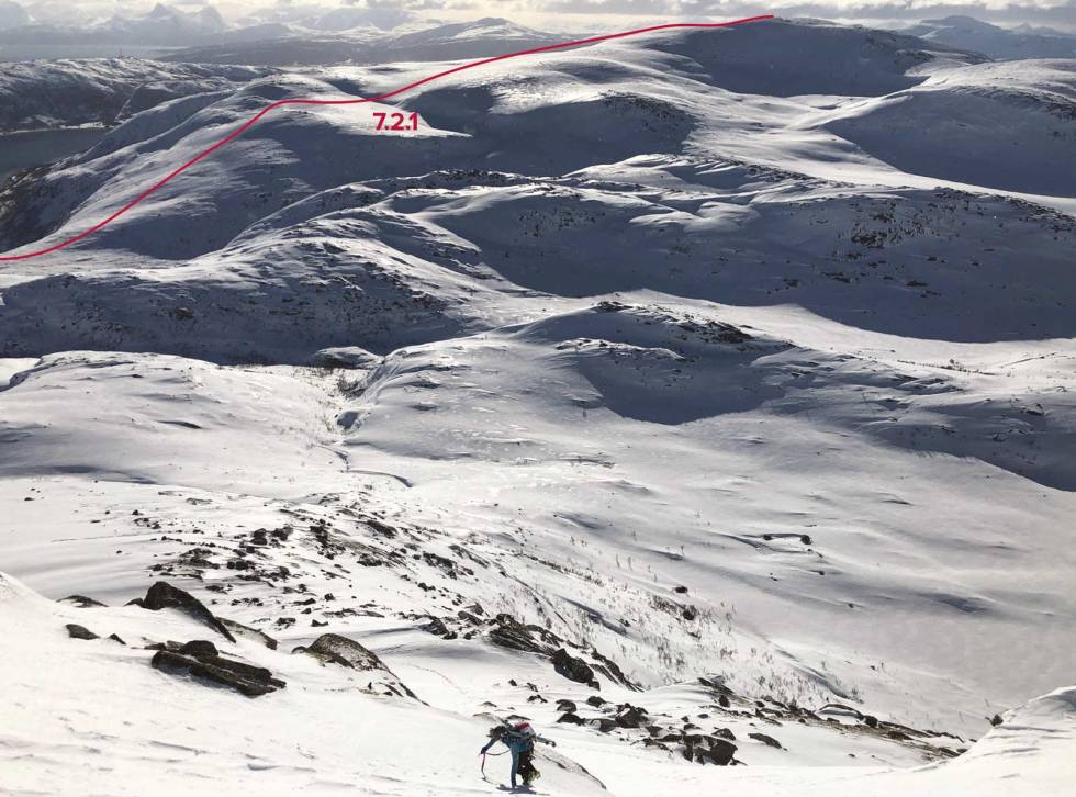 Siriskolten-Tjeldøya-med-rute-2