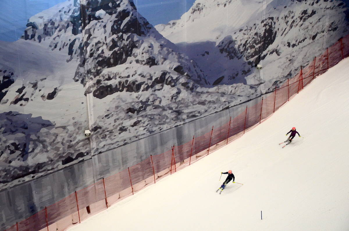 skikjøring innendørs snø