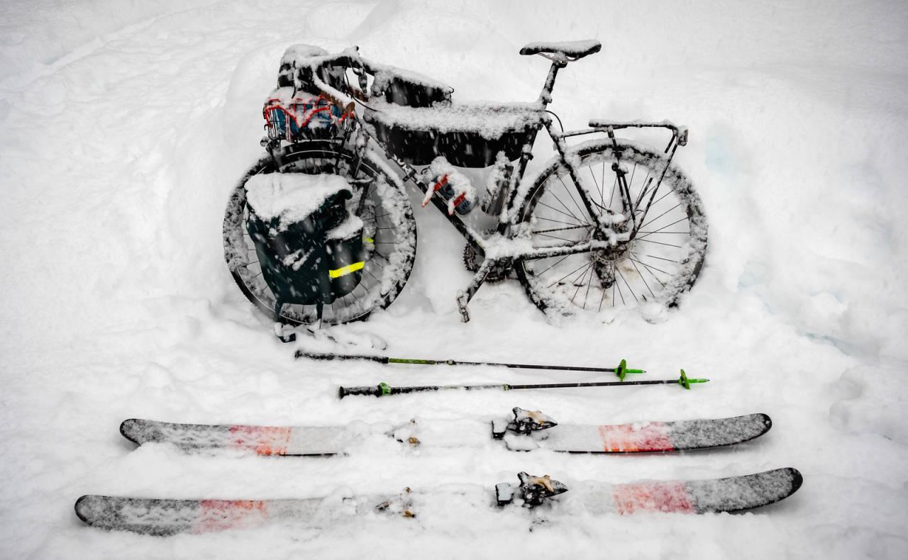 VINTERSYSKLING vinter og ski
