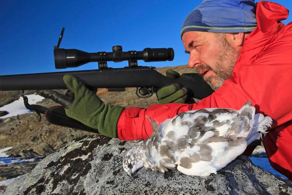 Småviltjakt-med-rifle-rype-6