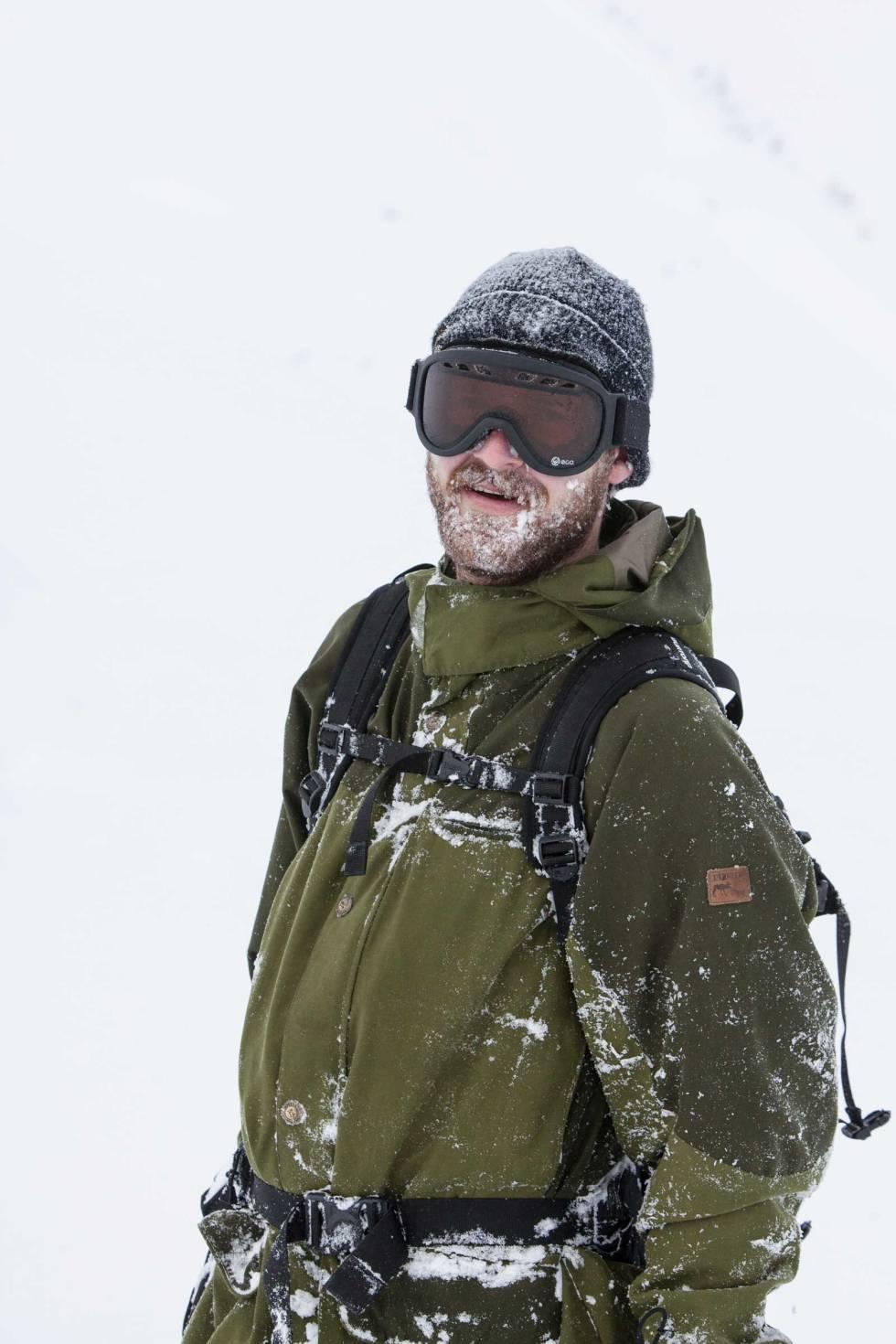 SNØSKJEGG: Knut Christoffersen med snø i skjegget i Sogndal.