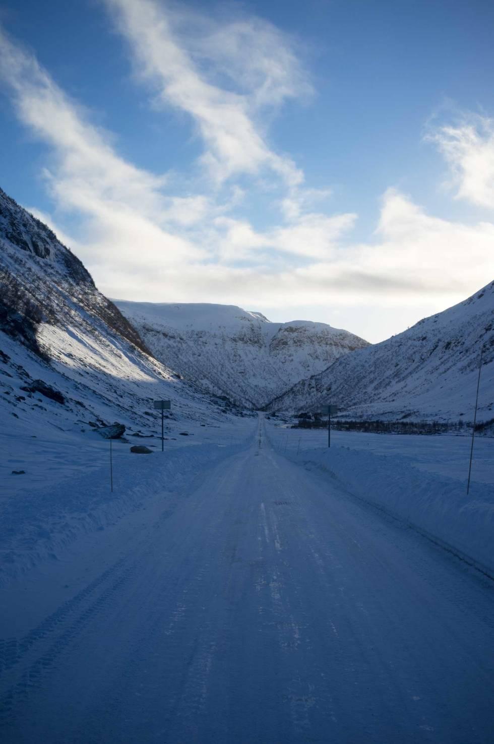 GLATT: Veien inn til puddermekka i Myrkdalen.