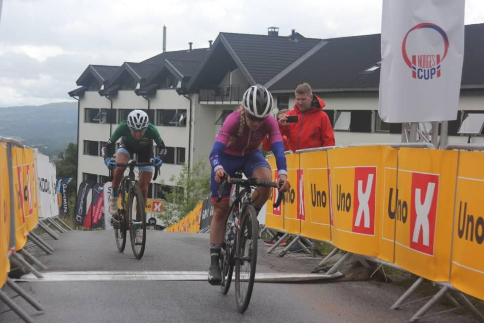 Stine Borgli Amalie Lutro Tour te Fjells 2020