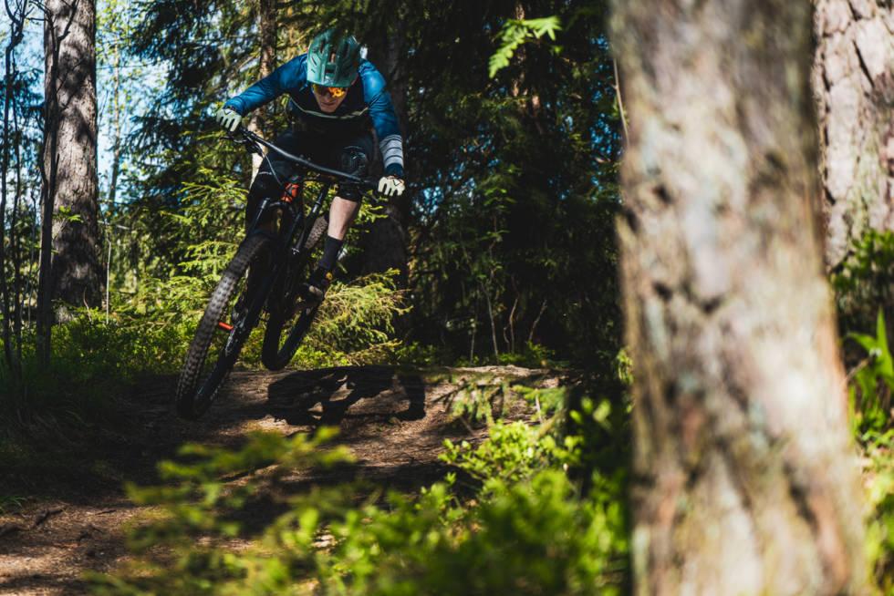 Sykkeltesting i Nordmarka. Øyvind Aas på Scott Genius 950