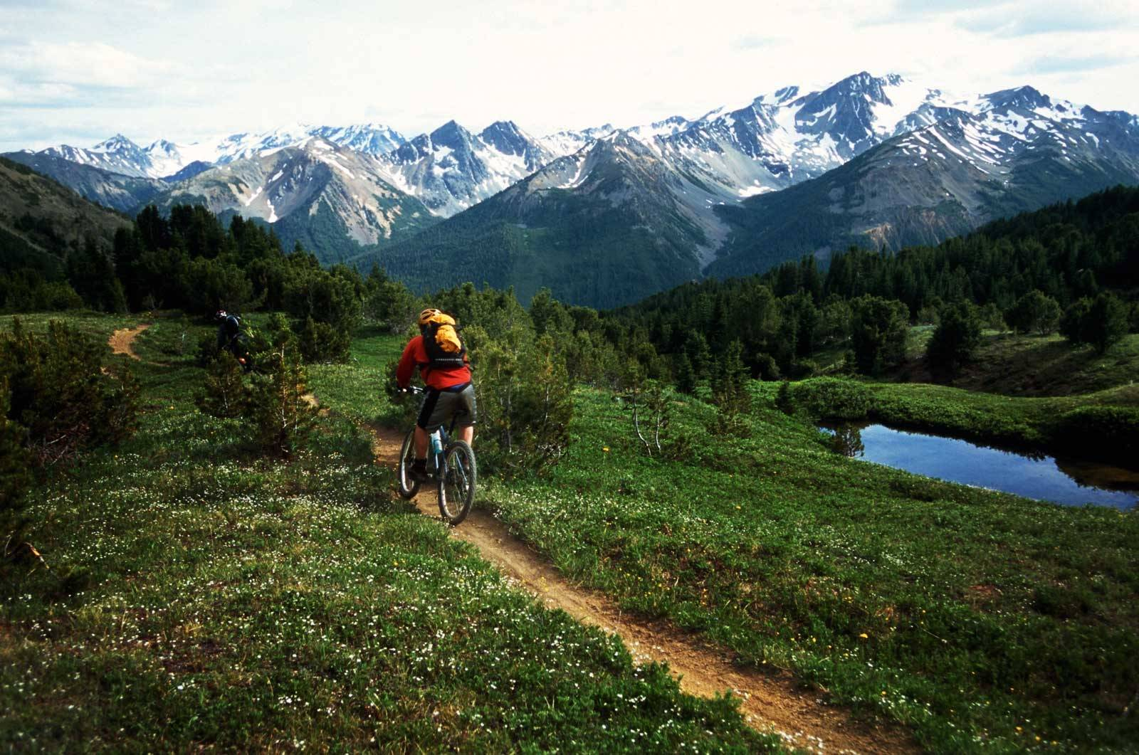 Stisykling-guide-British-Columbia-Chilcotin-Mountains-1