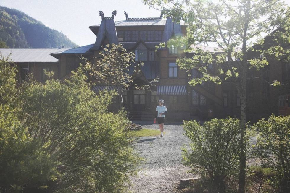 sykkelturen-i-dalen-i-telemark-er-en-av-norges-flotteste-crop1280
