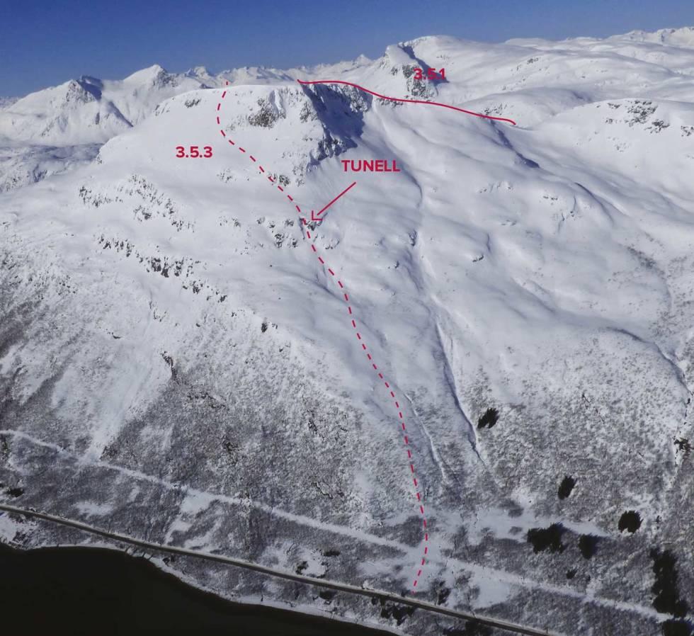 Taraldsviktinden-Tjeldsund-med-rute-3