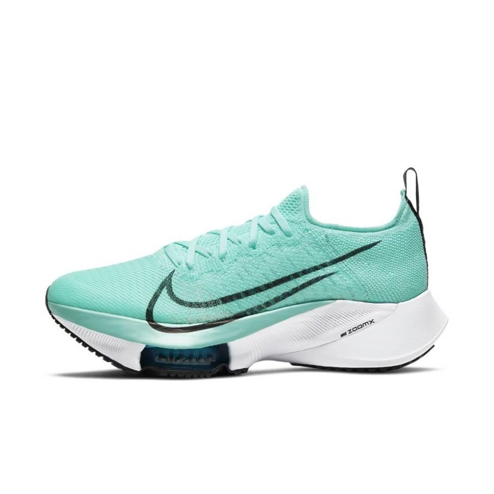 Nike Tempo Next