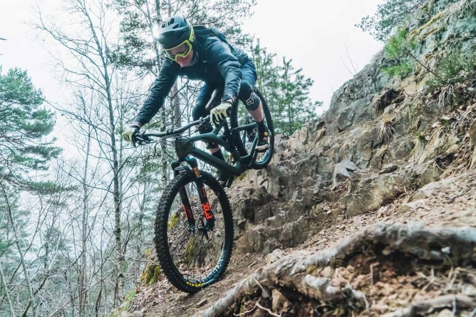 Terrengsykkel-sykkeltest-Enduro-2020-3