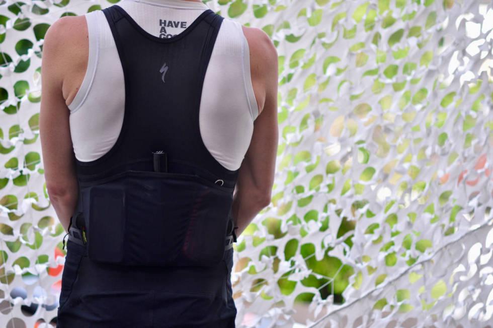 SWAT lommer på ryggen