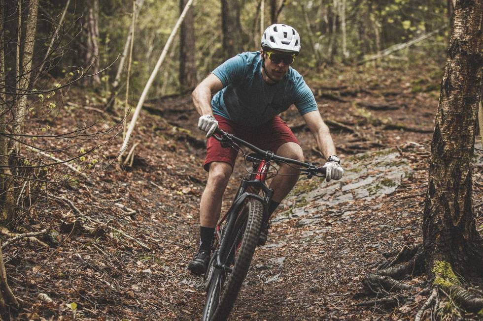 test sykkelhjelm terrengsykkel scott giro poc